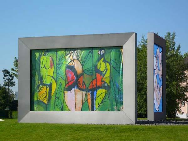Waldfruechte - Kunst im Kreisverkehr Freiburgerstrasse - Schwarzwaldstrasse, Lahr 2012